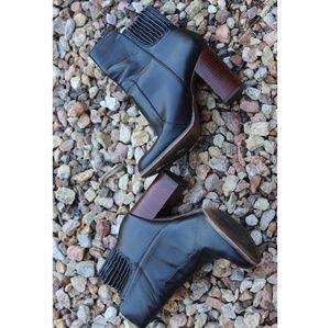 Zara Trafaluc   black heeled vegan ankle boots